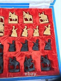 1930's Maharaja Rajasthani Indian hand Carved sandlewood Chess pieces set in box