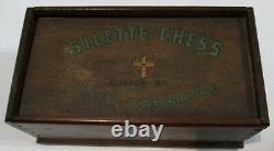 ANTIQUE or VINTAGE CHESS SET GRAYS OF CAMBRIDGE CATALIN SILETTE AND ORIGINAL BOX