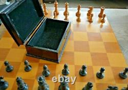Antique Staunton Chess Set Complete Very Good Condition & Boxed