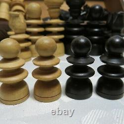 Antique c. 1900-1920 Regency Wooden Chess Set Boxed Ebony Boxwood Chip Carved Box