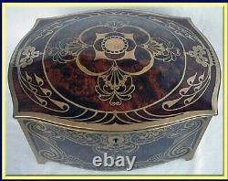 Henckels Arts and Crafts Box Brass inlaid Manicure Set Antique Jewelry box 3139
