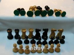 LARGE VINTAGE CHESS SET STAUNTON STYLE weighted WITH BOX