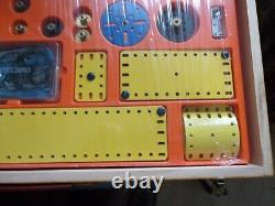 Meccano French Blue & Yellow Set 9 Complete With Wooden Box & Instructions