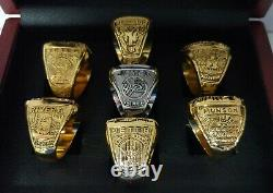 New York Yankees 7 World Series Ring Set With Wooden Box. Jeter Rivera Munson